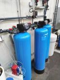 Změkčovače vody AquaSoftener ve sklárenském provozu