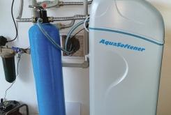 Změkčení vody AquaSoftener + UV lampa pro ochranu proti bakteriím